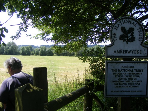Ankerwyck on the Wraysbury bank