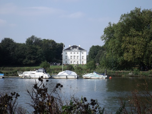 Marble Hill House seen from the towpath