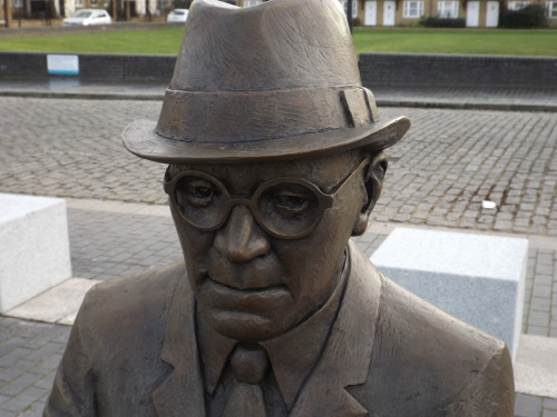 Dr Alfred Salter